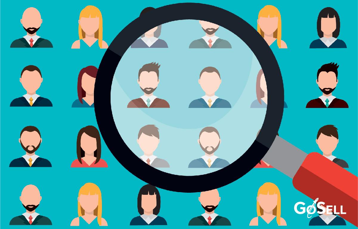 Phân nhóm khách hàng theo từng đặc điểm