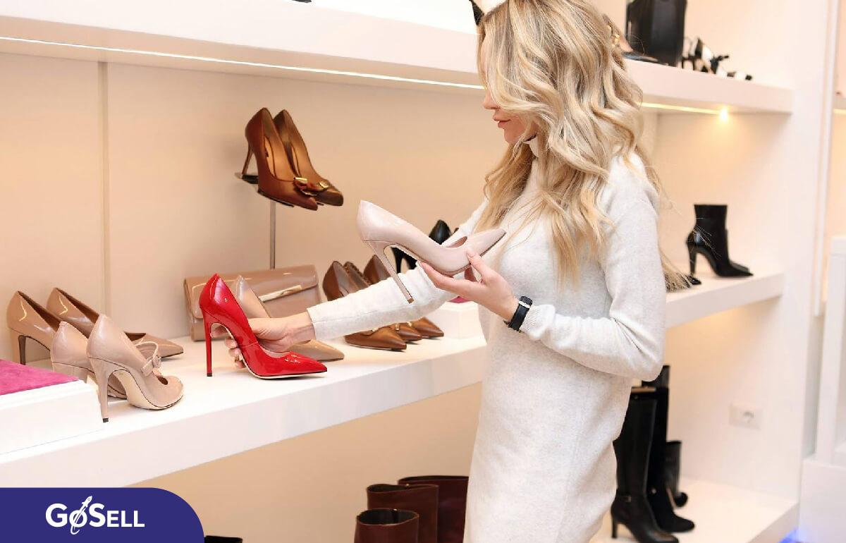 bán hàng online nên bán gì, nên bán giày dép